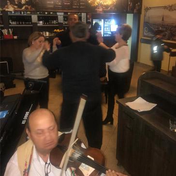 Galerie Restaurant 12